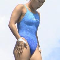 飛び込み女子大生選手の乳首よりもワキに注目!
