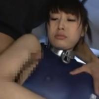 美形女子大生チアリーダーがワキコキの末、拘束されてワキ舐めされる