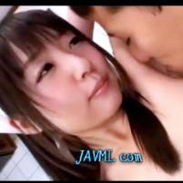 超美少女家政婦のつぼみちゃんがワキ舐めされて気持ちよさそうな表情に!
