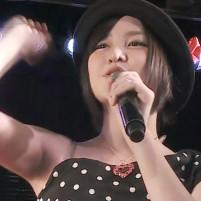 AKB48 岩田華怜のむっちりした舐め甲斐のあるワキの下