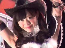 「天使すぎるコンパニオン」のコスプレと話題のお姉チャンバラコスのキャンギャルのキレイなワキにしゃぶりつきたい!