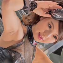 (4K高画質ワキマニアムービー)色っぽいキャンGALのワキ全開ポーズで毛穴まで見えそう☆大阪オートメッセ2015