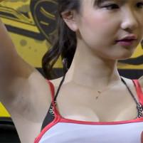 【高画質ワキフェチ動画】かわいいキャンギャルのワキの下はジョリワキでしかもカミソリ負け