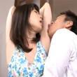 娘の家庭教師の桃瀬ゆりのワキに興奮してワキ舐めからのワキコキ!