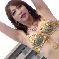 【高画質ワキフェチ動画】綺麗なツルワキを全開にしながらベリーダンスを踊るセクシーお姉さん