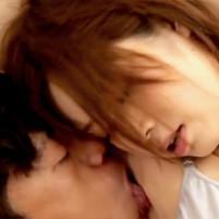 綺麗なツルワキをワキ舐めされて気持ちよさそうにあえぐ奥田咲