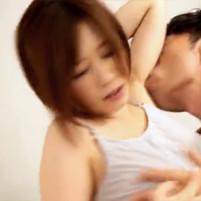彼氏との生々しいイチャイチャエッチでワキ舐めされて激しく感じるショートカットの奥田咲