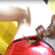 【高画質ワキフェチ動画】色白の卑猥なワキまんこを楽しませてくれるセクシーキャンギャル