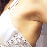 【高画質ワキフェチ動画】スゴイの見つけた!こんな卑猥なワキの下見たことない! レースクイーンの芹澤伊織