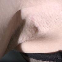 【高画質ワキフェチ動画】ワキの処理はカミソリ派!綺麗な顔なのにワキの下は剃り残しのあるジョリワキなキャンギャル