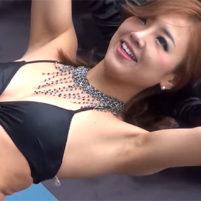 【高画質ワキフェチ動画】エロい衣装を着て卑猥なワキの下を見せて踊るセクシーダンサー