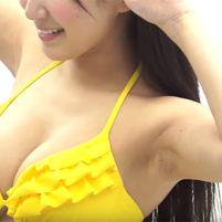 【高画質ワキフェチ動画】匂い立ちそうな卑猥なワキを撮られてしまった仮面女子の水沢まい
