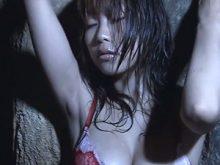 【高画質ワキフェチ動画】ムッチリしたワキの下を見せつける爆乳な西田麻衣
