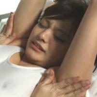 性感帯のジョリワキをオイルマッサージされて恥ずかしいのに感じちゃう青山未来