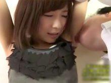 剃り残しの目立つジョリワキをワキ舐めされてまんざらでもない家庭教師の青木美空