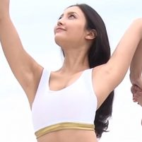【高画質ワキフェチ動画】CM撮影でワキ見せまくりな女優の菜々緒