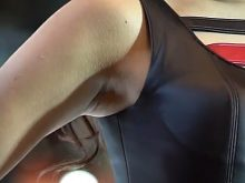 【高画質ワキフェチ動画】エロいワキの下を撮られてるとも知らずに華麗にポーズを決めるキャンギャル