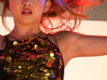 【高画質ワキフェチ動画】ワキの下丸出しでダンスするセクシーダンサー メガスーパーカーモーターショー2017