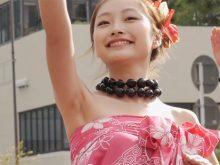 【高画質ワキフェチ動画】現役女子大生がダンスで生ワキ披露