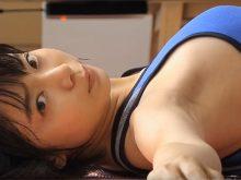 【高画質ワキフェチ動画】女優の森矢カンナの汗で群れた美ワキを楽しむ