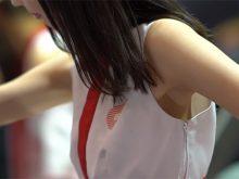 【高画質ワキフェチ動画】エロいコスチュームの隙間から生ワキが見えるセクシーキャンギャル