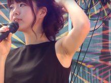 【高画質ワキフェチ動画】ライブで卑猥なワキの下全開でダンスするアイドル