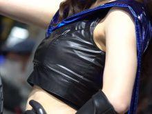 【高画質ワキフェチ動画】ワキの下の毛穴のポツポツ感がリアルでエロいキャンギャル 東京オートサロン2019