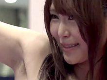【高画質ワキフェチ動画】ワキの下がリアルにちょっと汚いセクシーキャンギャル