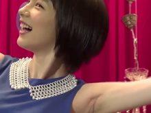 【高画質ワキフェチ動画】貴重すぎる!能年玲奈の無修正生ワキはエロい筋入り!