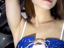 【高画質ワキフェチ動画】ワキ見せポーズ連発で男を魅了するエロいコンパニオン
