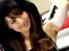 【高画質ワキフェチ動画】綺麗なツルワキを自慢するかのように見せつける美人コンパニオン 名古屋オートトレンド2016