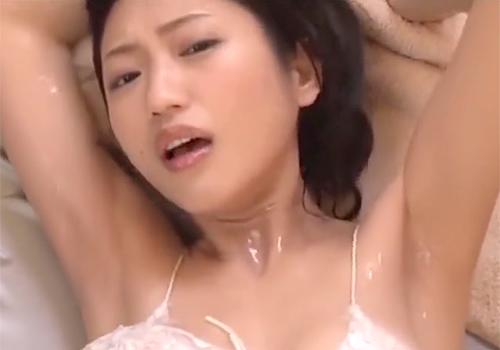 疑似SEXで見せるヌルヌルした壇蜜の卑猥なワキの下がたまらん