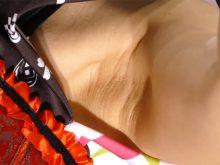 【高画質ワキフェチ動画】ロリ顔だけどワキの下はしっかりオトナなコンパニオン