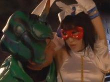 拘束されて恥ずかしいワキのニオイを嗅がれた上にワキ舐めされてハメられる魔法美少女戦士フォンテーヌ