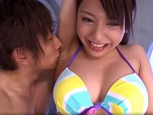 剃り残しのあるジョリワキをワキ舐めされて戸惑いを隠せない松本メイ